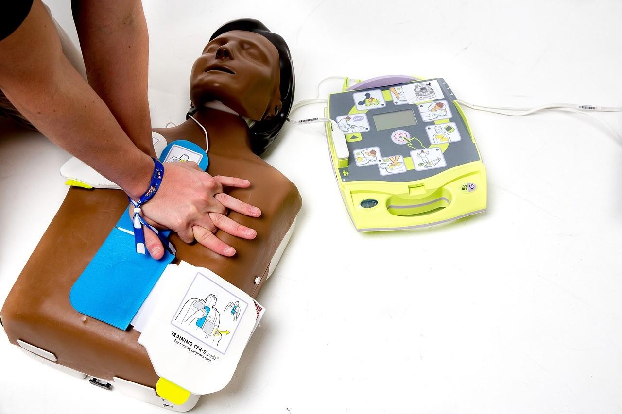 defibrillator image